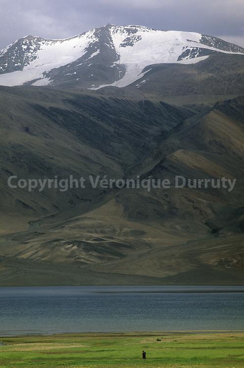Lake Tso Moriri is at the border between India and Tibet // Paysage du Ladakh : lac Nam Tso à la frontiere de l'Inde et du Tibet