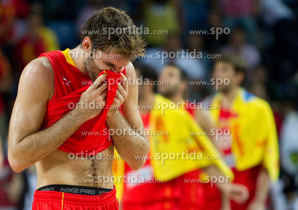 Disappointed players of Spain after  the quarter-final basketball match between National teams of Serbia and Spain at 2010 FIBA World Championships on September 8, 2010 at the Sinan Erdem Dome in Istanbul, Turkey. Serbia defeated Spain 92 - 89.  (Photo By Vid Ponikvar / Sportida.com)