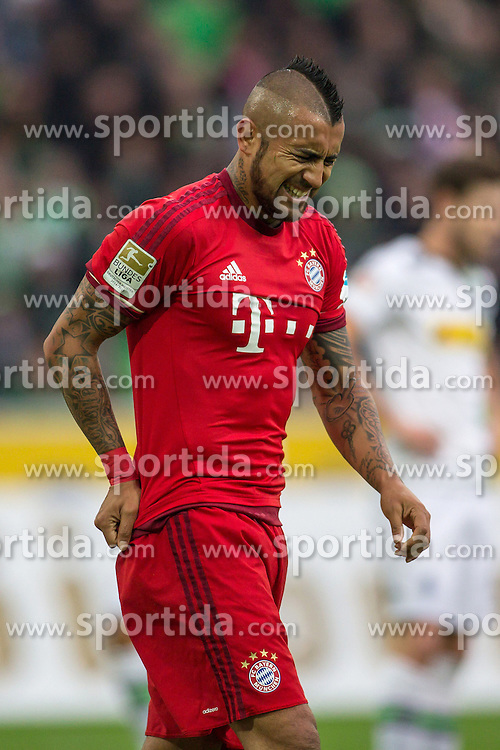 05.12.2015, Stadion im Borussia Park, Moenchengladbach, GER, 1. FBL, Borussia Moenchengladbach vs FC Bayern Muenchen, 15. Runde, im Bild Arturo Vidal (FC Bayern Muenchen #23) // during the German Bundesliga 15th round match between Borussia Moenchengladbach and FC Bayern Muenchen at the Stadion im Borussia Park in Moenchengladbach, Germany on 2015/12/05. EXPA Pictures &copy; 2015, PhotoCredit: EXPA/ Eibner-Pressefoto/ Sch&uuml;ler<br /> <br /> *****ATTENTION - OUT of GER*****
