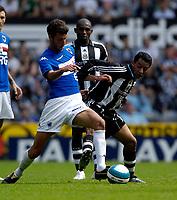 Photo: Jed Wee/Sportsbeat Images.<br /> Newcastle United v Sampdoria. Pre Season Friendly. 05/08/2007.<br /> <br /> Newcastle's Nolberto Solano (R) challenges Sampdoria's Salvatore Foti for possession.