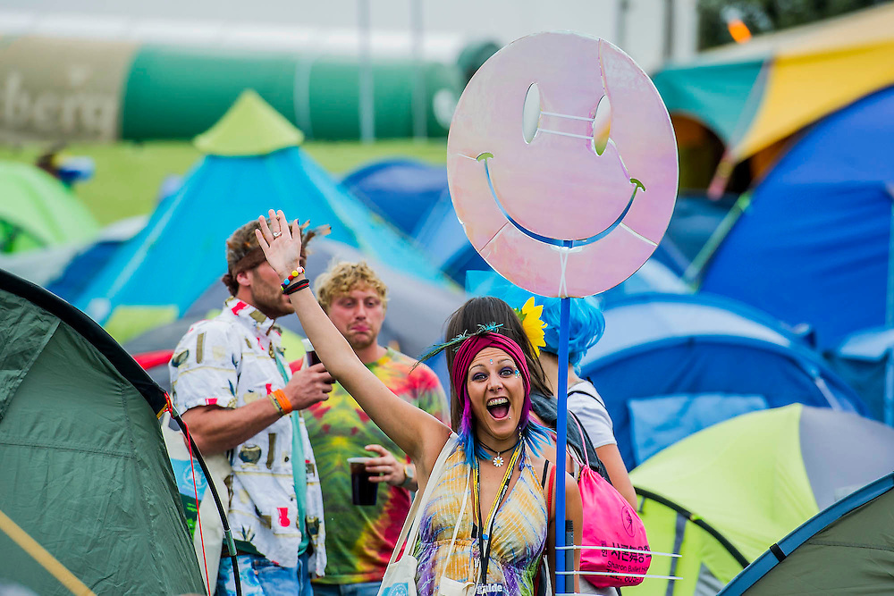 The 2014 Glastonbury Festival, Worthy Farm, Glastonbury. 26 June 2013.  Guy Bell, 07771 786236, guy@gbphotos.com