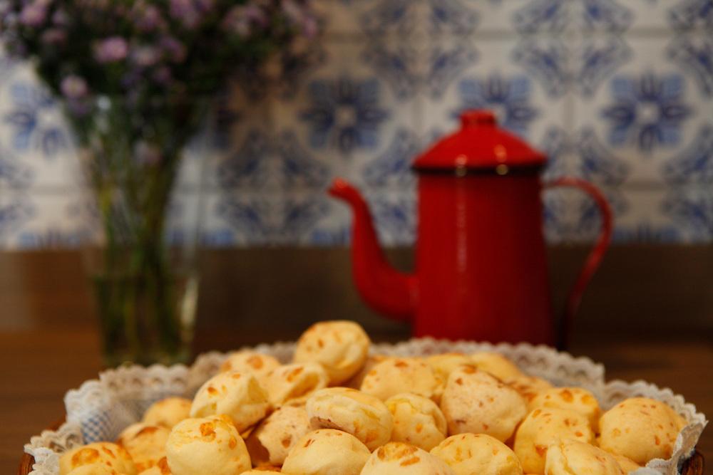 Belo Horizonte_MG, Brasil.<br /> <br /> Detalhe de pao de quejo.<br /> <br /> Pao de queijo detail (typical food in Minas Gerais).<br /> <br /> Foto: RODRIGO LIMA / NITRO