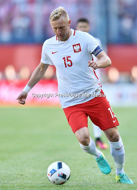 2016.06.06 Krakow<br /> Pilka nozna<br /> kadra reprezentacja mecz towarzyski<br /> Polska - Litwa<br /> N/z Kamil Glik<br /> Foto Lukasz Laskowski / PressFocus<br /> <br /> 2016.06.06 Krakow<br /> Football friendly game<br /> Poland vs Lithuania<br /> Kamil Glik<br /> Credit: Lukasz Laskowski / PressFocus