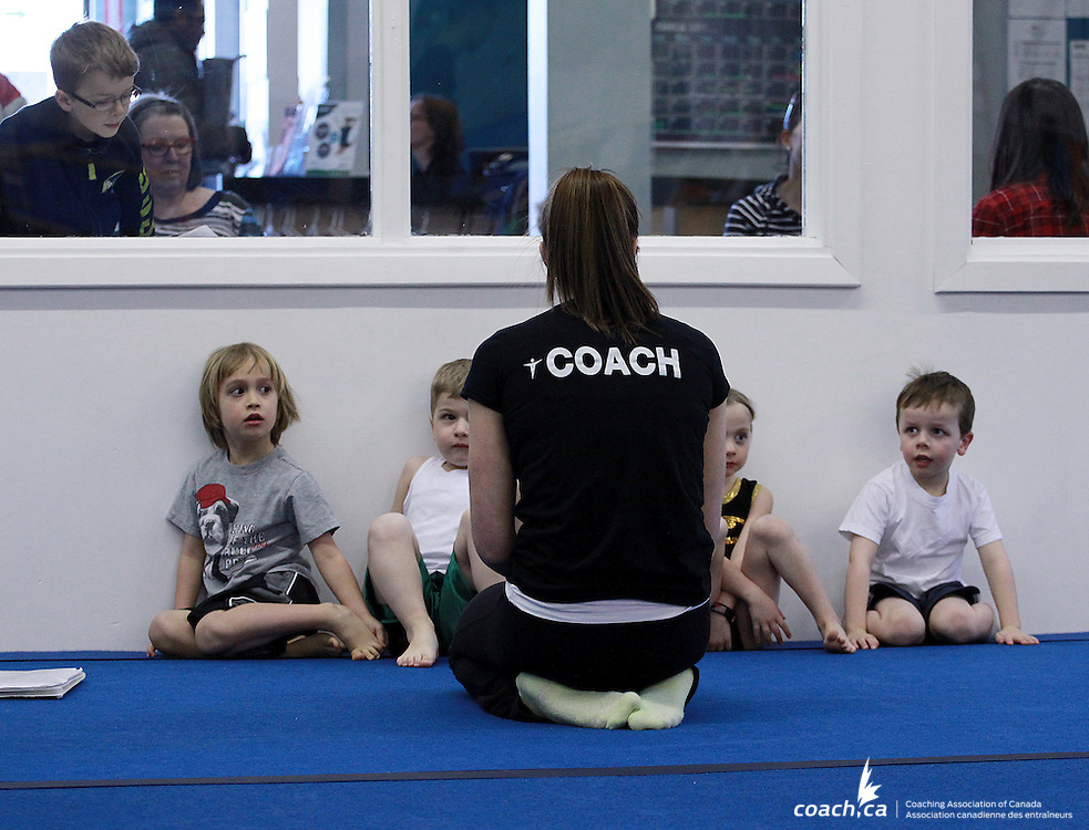 Coach/Entra&icirc;neure: Emily Fauchon<br /> Photo: http://www.andreforget.com