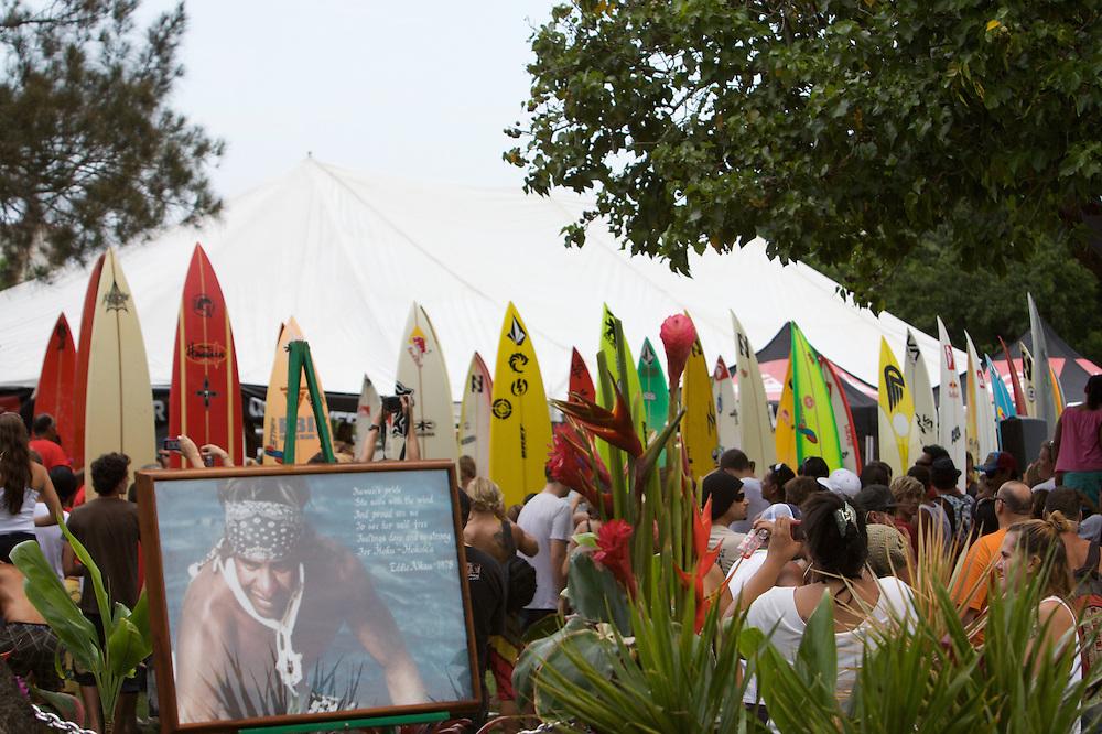 Eddie Aikau,ceremony,Waimea Bay,2009