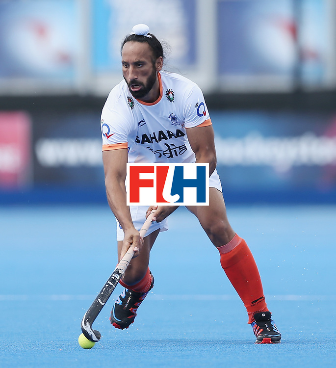LONDON, ENGLAND - JUNE 15:  Sardar Singh of India  during the Hero Hockey World League Semi Final match between India and Scotland at Lee Valley Hockey and Tennis Centre on June 15, 2017 in London, England.  (Photo by Alex Morton/Getty Images)