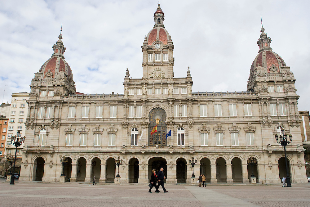 (A Coruña, Spain - January 30, 2010) - Photos of the Ayuntamiento of A Coruña in la Plaza Maria Pita on Saturday before meeting Patricio. ..Photo by Will Nunnally / Will Nunnally Photography