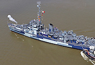 USS Slater heads up the Hudson