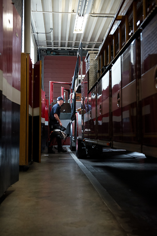 San Francisco Fire Department Battalion 10, Division 3, Truck 9   June 5, 2014