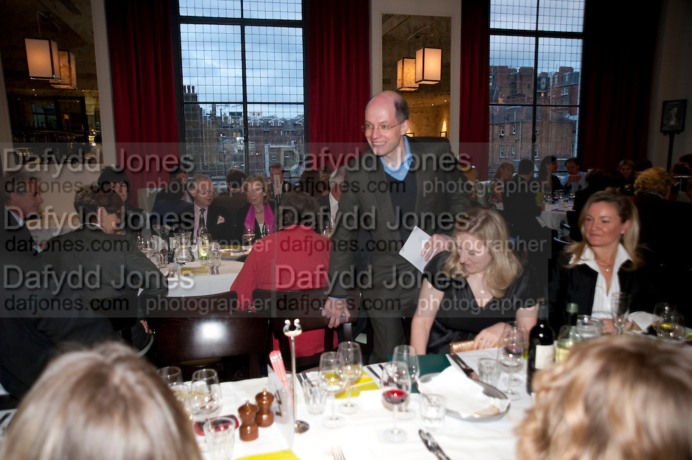 ALAIN DE BOTTON;  SUSIE BOYT, Literary charity First Story fundraising dinner. Cafe Anglais. London. 10 May 2010. *** Local Caption *** -DO NOT ARCHIVE-© Copyright Photograph by Dafydd Jones. 248 Clapham Rd. London SW9 0PZ. Tel 0207 820 0771. www.dafjones.com.<br /> ALAIN DE BOTTON;  SUSIE BOYT, Literary charity First Story fundraising dinner. Cafe Anglais. London. 10 May 2010.