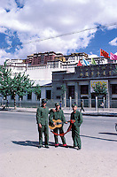 Chine, Tibet, Lhassa, Le Potala //<br /> Potala palace, Lhassa, Tibet, China