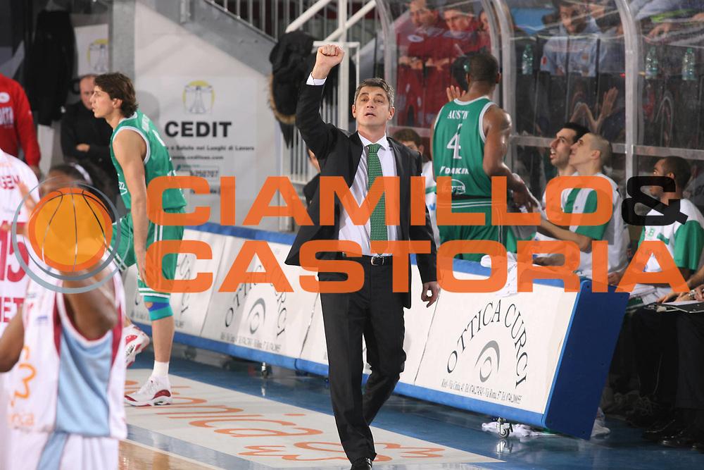 DESCRIZIONE : Rieti Lega A1 2007-08 Solsonica Rieti Benetton Treviso <br /> GIOCATORE : Oktay Mahmuti <br /> SQUADRA : Benetton Treviso <br /> EVENTO : Campionato Lega A1 2007-2008 <br /> GARA : Solsonica Rieti Benetton Treviso <br /> DATA : 06/01/2008 <br /> CATEGORIA : Ritratto <br /> SPORT : Pallacanestro <br /> AUTORE : Agenzia Ciamillo-Castoria/G.Ciamillo