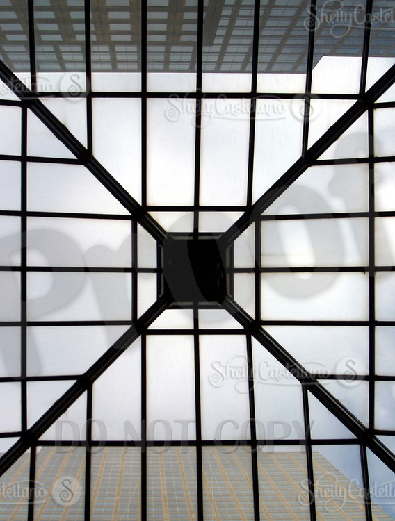 Aug 16, 2002; New York, NY, USA; View of the common entry atrium through the glass at the surrounding buildings above from inside the Two World Financial Center.   Mandatory Credit: Photo by Shelly Castellano/ZUMA Press. (©) Copyright 2002 by Shelly Castellano