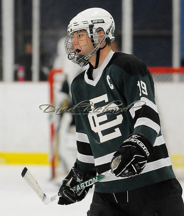 The Amherst varsity hockey team defeated Elyria Catholic  on Saturday, December 18, 2010 at the North Park Complex Ice Arena.