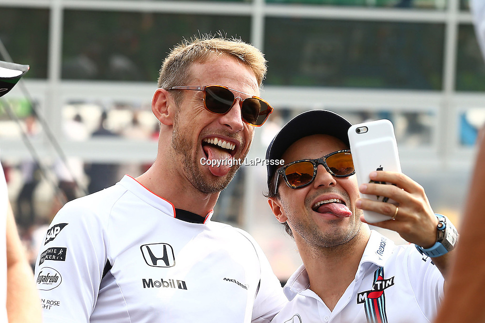 &copy; Photo4 / LaPresse<br /> 04/09/2016 Monza, Italy<br /> Sport <br /> Grand Prix Formula One Italia 2016<br /> In the pic: Jenson Button (GBR)  McLaren Honda MP4-31. and Felipe Massa (BRA) Williams F1 Team FW38