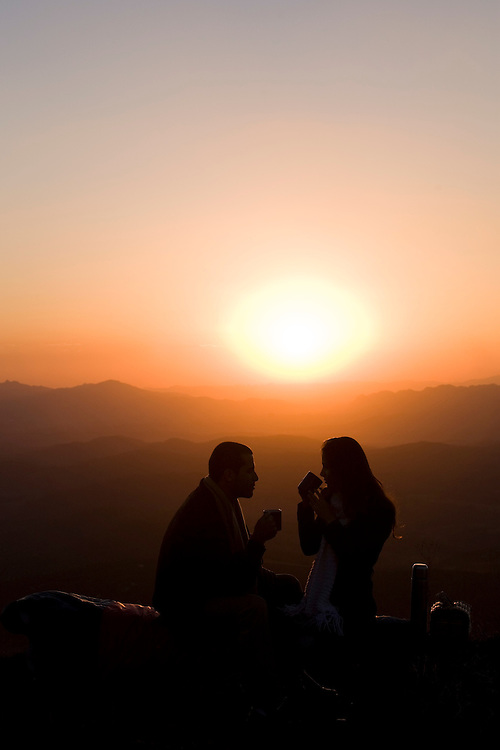 Brumadinho_MG, Brasil...Casal na Serra da Moeda, esse local faz parte da Estrada Real...A couple in the Moeda mountain, this place is in the Real Road (Estrada Real)...Foto: BRUNO MAGALHAES /  NITRO.