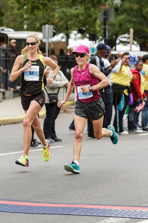 Tufts Health Plan 10K for Women, Carrie Tollefson, Joan Benoit Samuelson finish race together