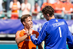 THE HAGUE - Rabobank Hockey World Cup 2014 - 13-06-2014 - MEN - SEMI-FINAL THE NETHERLANDS - ENGLAND 1-0 - Jeroen HERTZBERGER en Jaap STOCKMANN (GK).<br /> Copyright: Willem Vernes