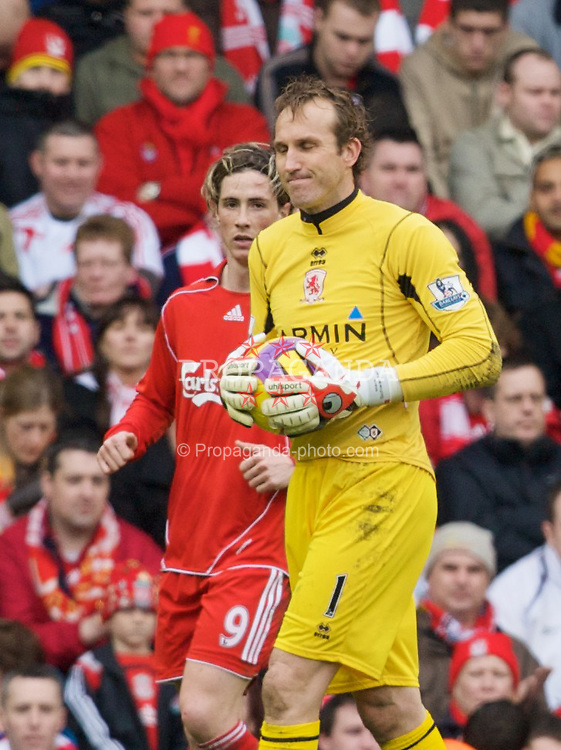 LIVERPOOL, ENGLAND - Saturday, February 23, 2008: Liverpool's Fernando Torres and Middlesbrough's goalkeeper Mark Schwarzer during the Premiership match at Anfield. (Photo by David Rawcliffe/Propaganda)