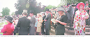 In the Paddock, Ascot Thursday  June 1998  © Copyright Photograph by Dafydd Jones  66 Stockwell Park Rd. London SW9 0DA  Tel 0171 733 0108