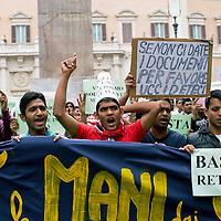 Protesta dei bengalesi a Montecitorio