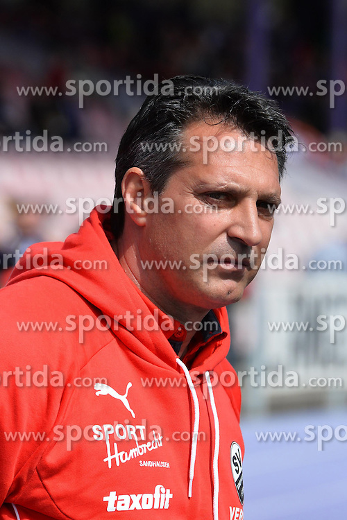 12.04.2015, Sparkassen Erzgebirgsstadion, Aue, GER, 2. FBL, FC Erzgebirge Aue vs SV 1916 Sandhausen, 28. Runde, im Bild Alois Schwartz (Trainer SV Sandhausen) // during the 2nd German Bundesliga 28th round match between FC Erzgebirge Aue and SV 1916 Sandhausen at the Sparkassen Erzgebirgsstadion in Aue, Germany on 2015/04/12. EXPA Pictures &copy; 2015, PhotoCredit: EXPA/ Eibner-Pressefoto/ Harzer<br /> <br /> *****ATTENTION - OUT of GER*****