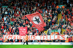 "LIVERPOOL, ENGLAND - Saturday, September 26, 2009: Liverpool's supporters on the Spion Kop display banners reading ""YANK LIARS OUT!"" and ""TOM AND GEORGE TELL LIES"" regarding the many broken promises made by American co-owners Tom Hicks and George Gillett, before the Premiership match against Hull City at Anfield. (Photo by: David Rawcliffe/Propaganda)"