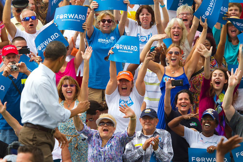 2 days after accepting the nomination during the Democratic National Convention, President Barack Obama takes his message on the road during a grass roots tour of colleges, starting at St. Petersburg College in Florida. President Obama was introduced by former FL republican governor Charlie Crist who now supports Obama.
