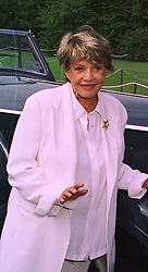 Actress JEANNE MEAREAU at a reception in Paris on 6th September 1998.MJR 54
