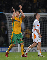 Photo: Ashley Pickering.<br /> Norwich City v Blackpool. The FA Cup. 13/02/2007.<br /> Match winner Chris Martin (L) of Norwich thanks the fans at the end of the match