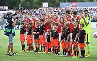 FUSSBALL EURO U 19 2016 in Reutlingen Oesterreich - Deutschland   17.07.2016 Team Oesterreich emotional nach der Nationalhymne