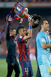 30.05.2015, Camp Nou, Barcelona, ESP, Copa del Rey, Athletic Club Bilbao vs FC Barcelona, Finale, im Bild FC Barcelona's Neymar Santos Jr celebrates the victory // during the final match of spanish king's cup between Athletic Club Bilbao and Barcelona FC at Camp Nou in Barcelona, Spain on 2015/05/30. EXPA Pictures &copy; 2015, PhotoCredit: EXPA/ Alterphotos/ Acero<br /> <br /> *****ATTENTION - OUT of ESP, SUI*****