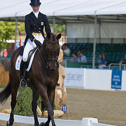 Georgie Spence and Velosity III   Express Eventing 2010