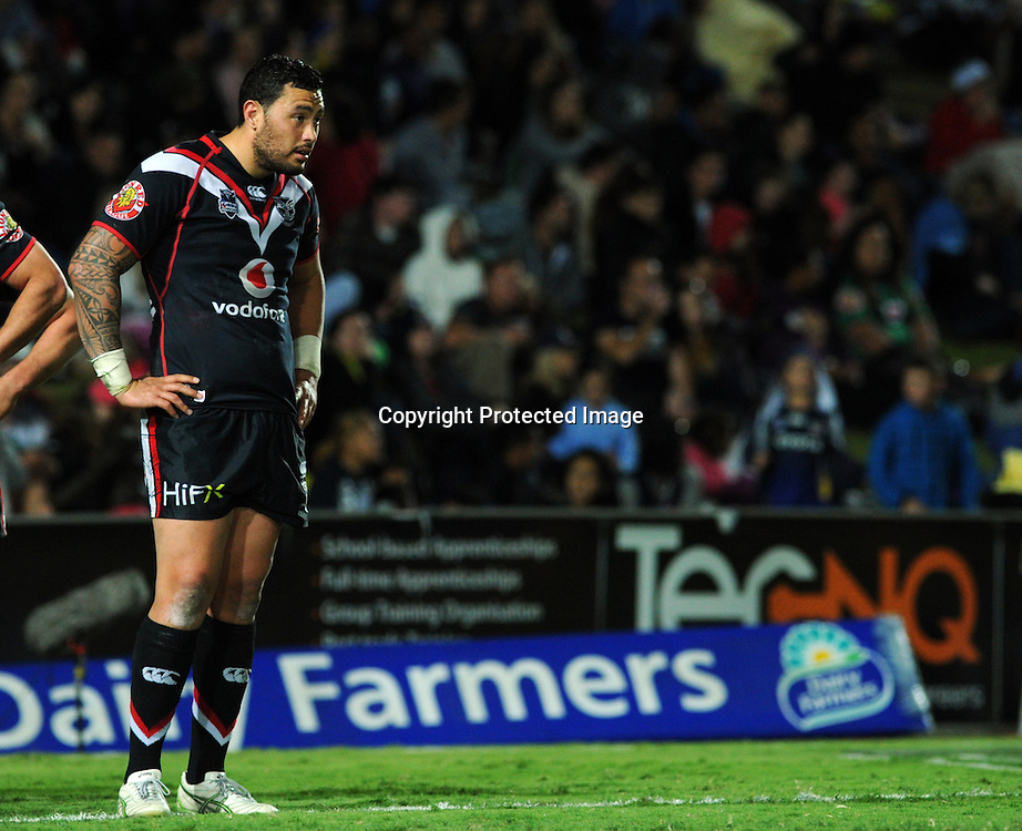 NRL NZ Warriors vs NQ Cowboys from Dairy Farmers Stadium Australia, pics Zak Simmonds.  Warriors Feleti Mateo after a Cowboys try. 11 August 2012.