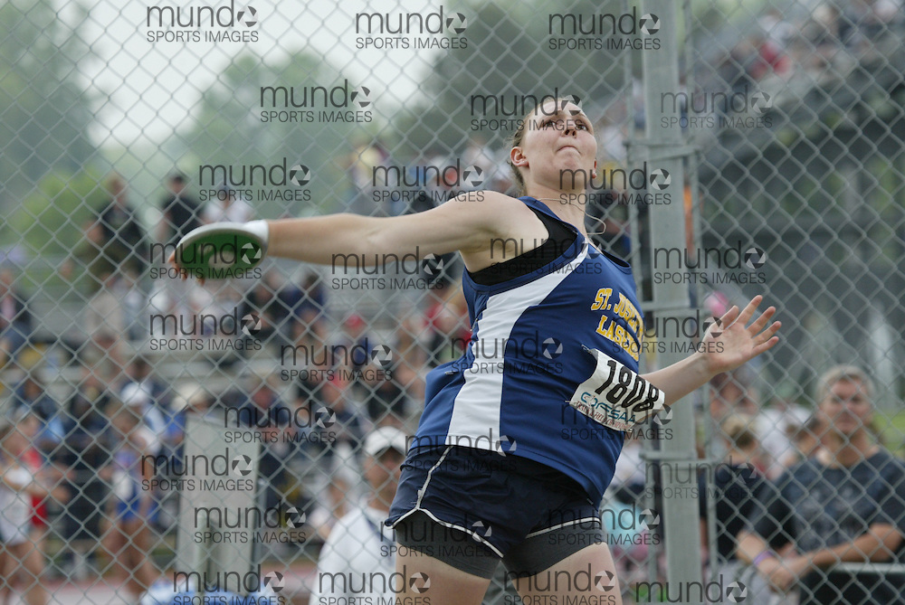 (London, Ontario}---03 June 2010) Jacinta Cowan of St. Joseph's - Windsor competing in the discus at the 2010 OFSAA Ontario High School Track and Field Championships. Photograph copyright Sean Burges / Mundo Sport Images, 2010.