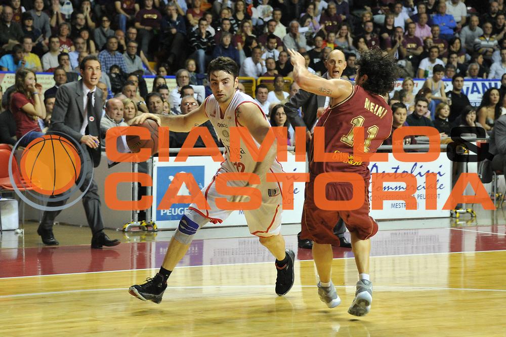 DESCRIZIONE : Venezia Lega Basket A2 2010-11 Umana Reyer Venezia Immobiliare Spiga Rimini<br /> GIOCATORE : Demian Filloy<br /> SQUADRA : Umana Reyer Venezia Immobiliare Spiga Rimini <br /> EVENTO : Campionato Lega A2 2010-2011<br /> GARA : Umana Reyer Venezia Immobiliare Spiga Rimini<br /> DATA : 06/3/2011<br /> CATEGORIA : Palleggio<br /> SPORT : Pallacanestro <br /> AUTORE : Agenzia Ciamillo-Castoria/M.Gregolin<br /> Galleria : Lega Basket A2 2010-2011 <br /> Fotonotizia : Venezia Lega A2 2010-11 Umana Reyer Venezia Immobiliare Spiga Rimini<br /> Predefinita :