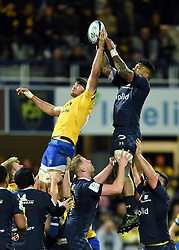 Josh Bayliss of Bath Rugby rises high to win lineout ball - Mandatory byline: Patrick Khachfe/JMP - 07966 386802 - 15/12/2019 - RUGBY UNION - Stade Marcel-Michelin - Clermont-Ferrand, France - Clermont Auvergne v Bath Rugby - Heineken Champions Cup