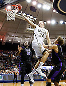 NCAA Basketball - Niagara Purple Eagles vs Notre Dame Fighting Irish - South Bend, IL