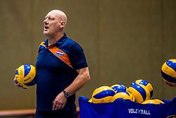 15-03-2017 NED:  Training jeugd Oranje, Arnhem<br /> Jeugd Oranje klaar voor het EK in eigen land maar eerst nog een pittige training / Bondscoach Julien van de Vyver