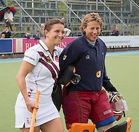 UTRECHT -  Stelle de Heij (r)  tijdens de finale Veteranen hoofdklasse A dames tussen Kampong en Amsterdam. Kampong wint na shoot out. COPYRIGHT KOEN SUYK
