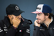 October 18-21, 2018: United States Grand Prix. Lewis Hamilton (GBR), Mercedes AMG Petronas Motorsport, F1 W09 EQ Power+. Fernando Alonso (SPA), McLaren Renault, MCL33