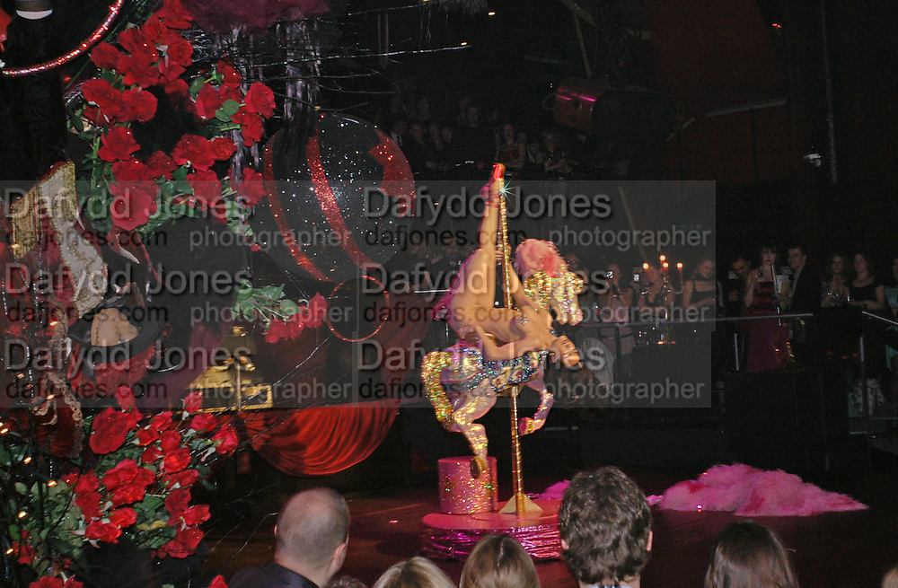 Dita von Teese, Party to celebrate the First issue of British Harper's Bazaar. Cirque, Leicester Sq. London. 16 February 2006. ONE TIME USE ONLY - DO NOT ARCHIVE  © Copyright Photograph by Dafydd Jones 66 Stockwell Park Rd. London SW9 0DA Tel 020 7733 0108 www.dafjones.com