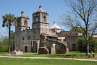 Mission Nuestra Señora de la Purisma Concepcion de Acuña, San Antonio, TX is still an active Catholic church.