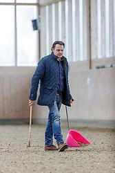 BECKS Christian beim Abäppeln<br /> Senden - Homestory Jil Marielle Becks 2020<br /> © www.sportfotos-lafrentz.de/