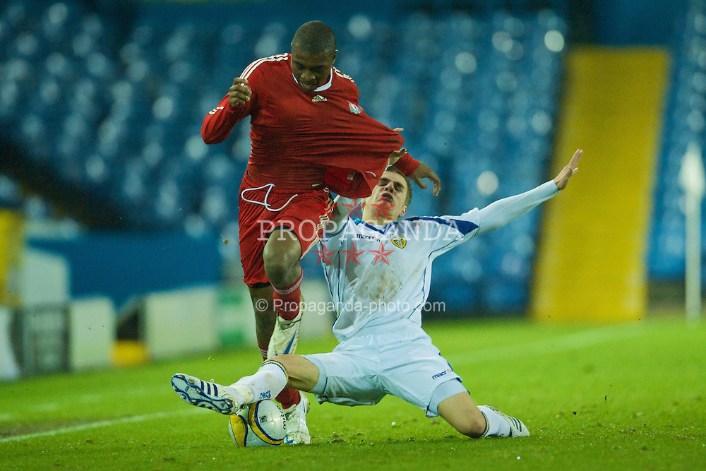 LEEDS, ENGLAND - Tuesday, December 2, 2008: Liverpool's David Amoo in action against Leeds United during the FA Youth Cup 3rd Round at Elland Road. (Photo by David Rawcliffe/Propaganda)