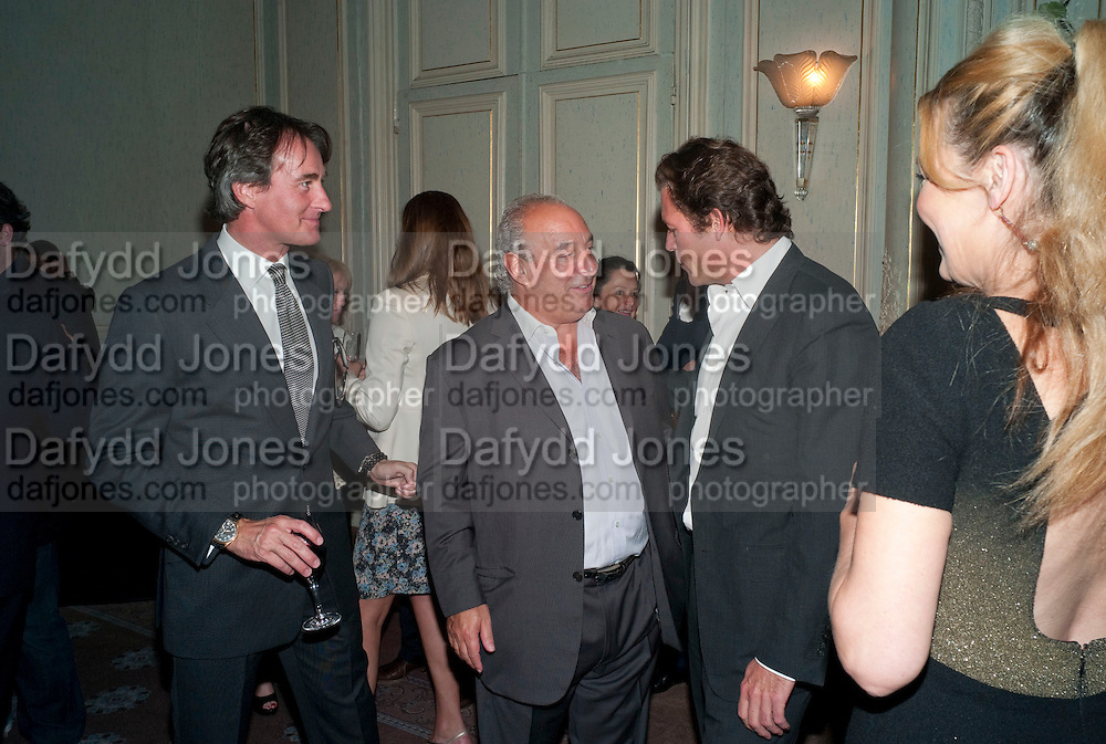 TIM JEFFERIES; SIR PHILIP GREEN; ARPAD BUSSON, Dinner to mark 50 years with Vogue for David Bailey, hosted by Alexandra Shulman. Claridge's. London. 11 May 2010 *** Local Caption *** -DO NOT ARCHIVE-© Copyright Photograph by Dafydd Jones. 248 Clapham Rd. London SW9 0PZ. Tel 0207 820 0771. www.dafjones.com.<br /> TIM JEFFERIES; SIR PHILIP GREEN; ARPAD BUSSON, Dinner to mark 50 years with Vogue for David Bailey, hosted by Alexandra Shulman. Claridge's. London. 11 May 2010