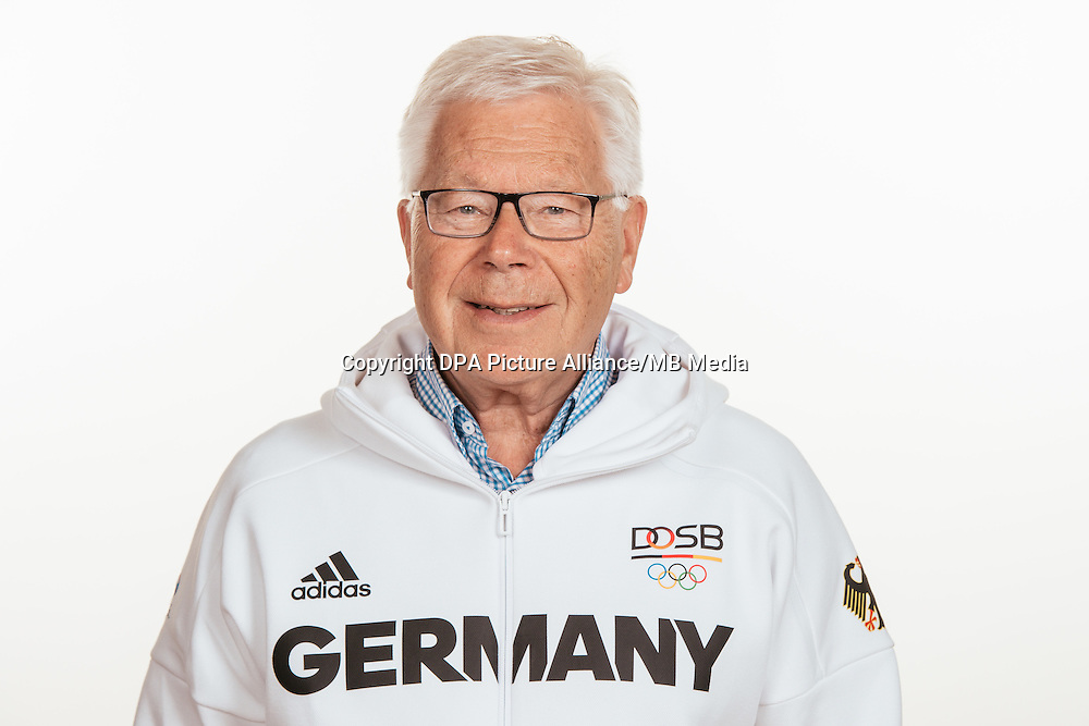 Dr. Manfred Giensch poses at a photocall during the preparations for the Olympic Games in Rio at the Emmich Cambrai Barracks in Hanover, Germany, taken on 18/07/16 | usage worldwide