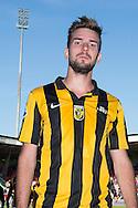 NIJMEGEN, NEC - Vitesse, voetbal Eredivisie, seizoen 2013-2014, 29-09-2013, Stadion de Goffert, Vitesse speler Davy Propper is blij met de overwinning.