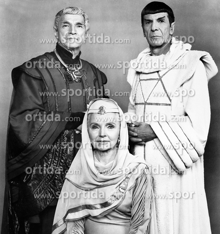 Mark Lenard (left), Leonard Nimoy and Jane Wyat. American Actors. In character for the film 'Star Trek IV: The Voyage Home', Date: 30.01.1987, Ref: PC054606. EXPA Pictures &copy; 2015, PhotoCredit: EXPA/ Photoshot/ Starstock<br /> <br /> *****ATTENTION - for AUT, SLO, CRO, SRB, BIH, MAZ only*****
