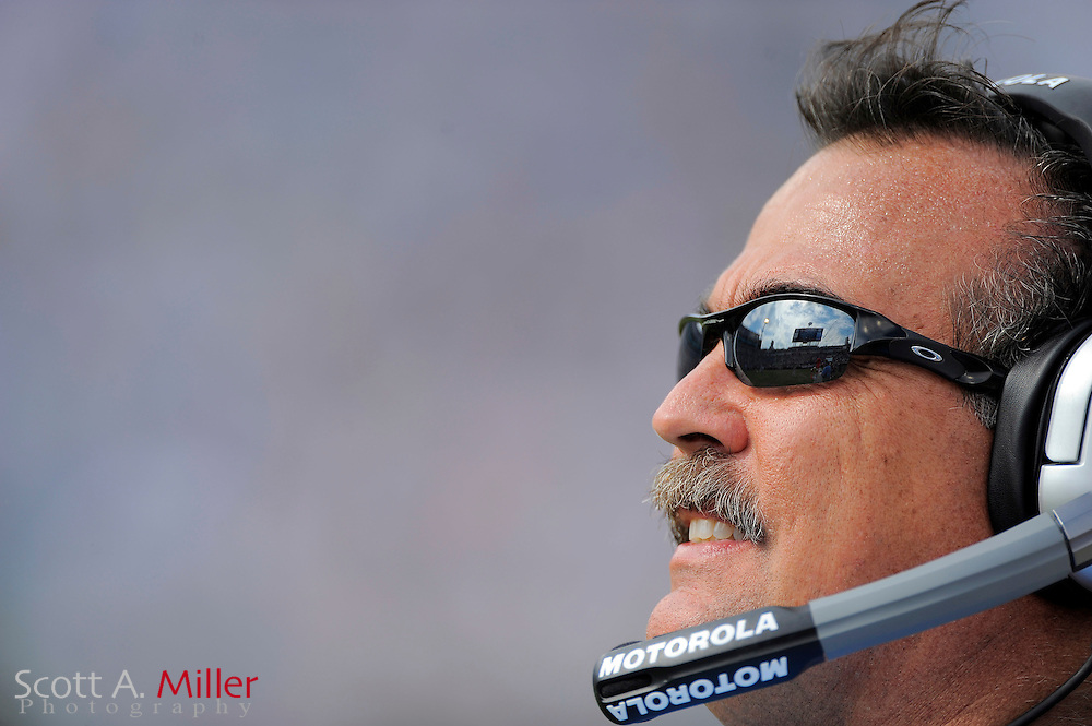 Jacksonville, Fl: Oct 04, 2009 -- Tennessee Titans coach Jeff Fisher during his team's 37-17 loss to the Jacksonville Jaguars at Jacksonville Municipal Stadium.